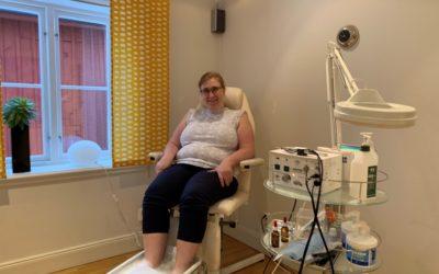 Anette: Jag firar -11,4 kg ner med fotvård